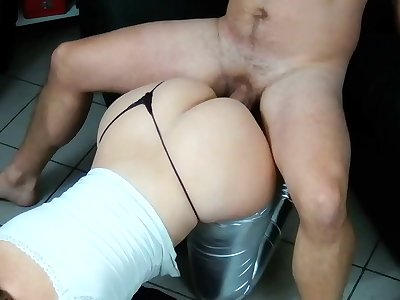 French Milf amateur with huge ass fucks after a hot party !